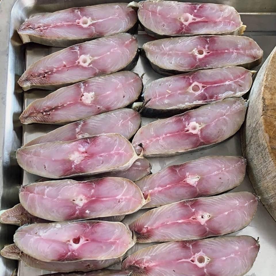 ปลาอินทรีหอม บ้านทะเลซีฟู๊ด เพชรบุรี