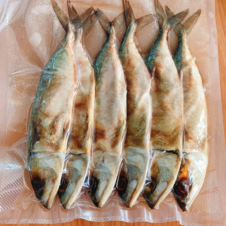 ปลาทูหอมเค็มไม่มีไส้ไซต์จัมโบ้ บ้านทะเลซีฟู๊ด เพชรบุรี